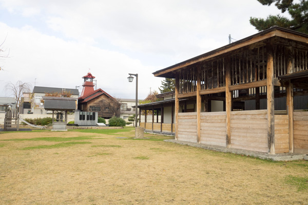 横町かぐじ広場